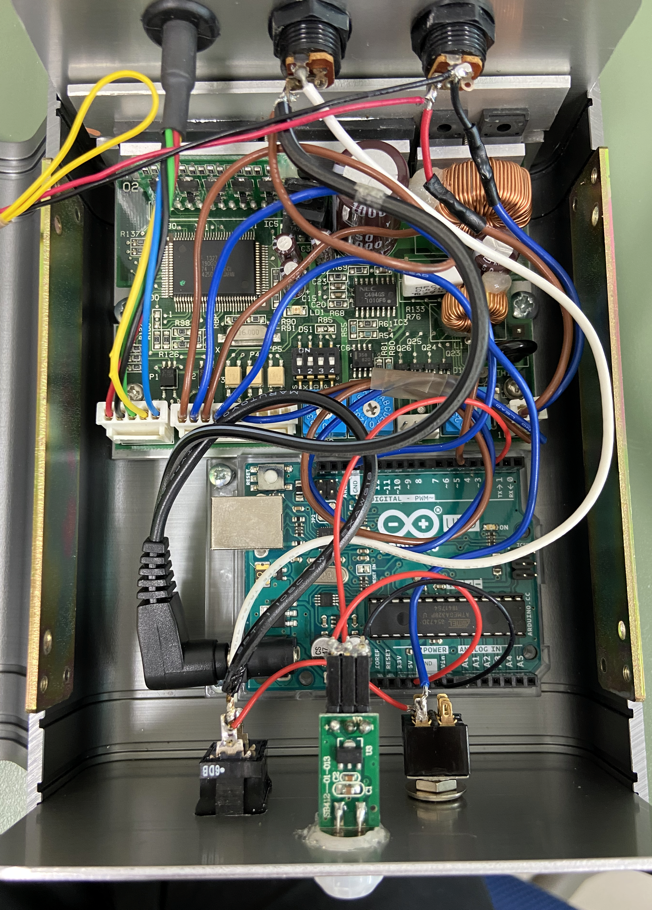 pol-micro-controller2-inside.png
